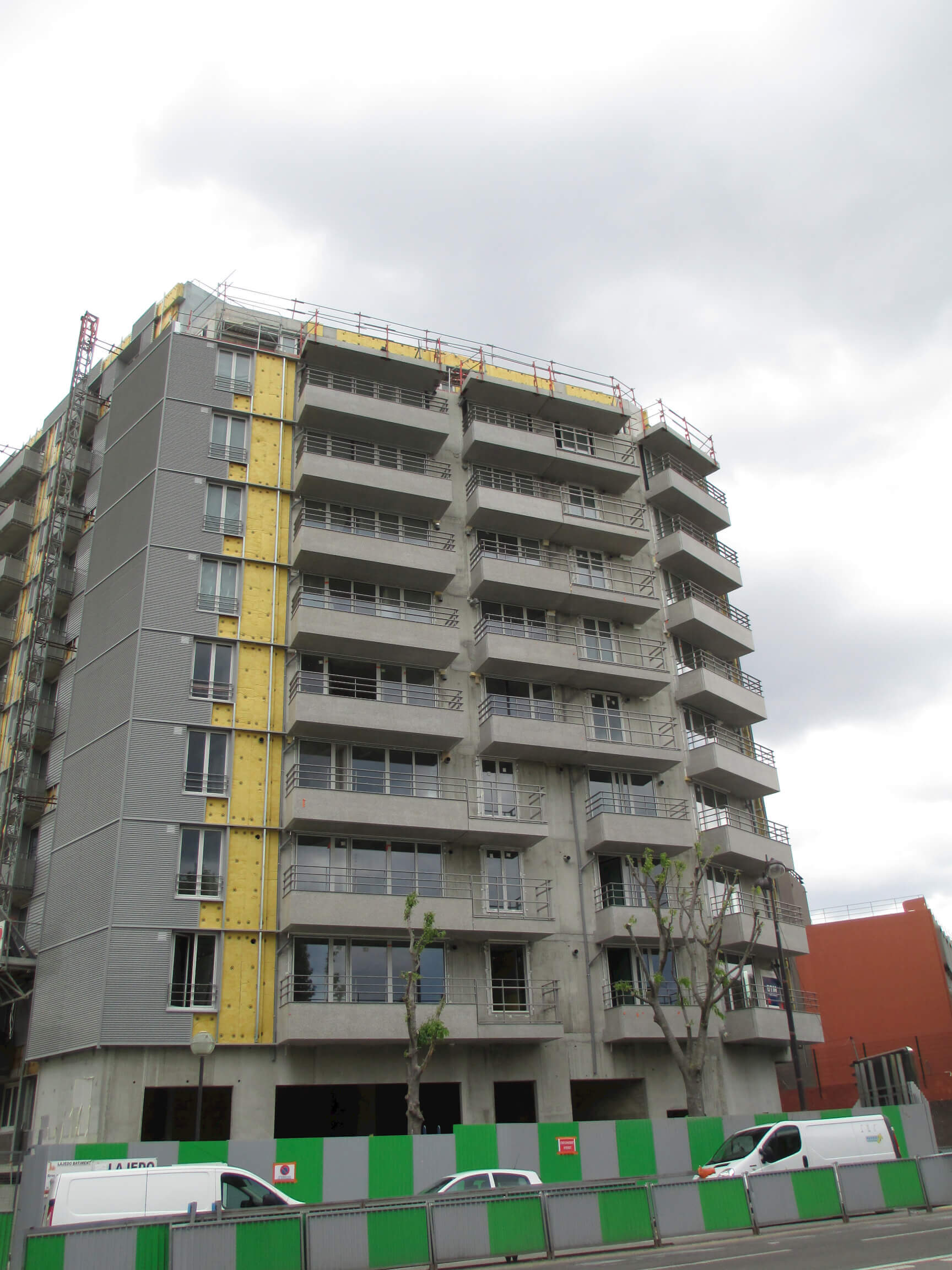 R habilitation de 80 logements et construction de 30 for Construction de logements neufs