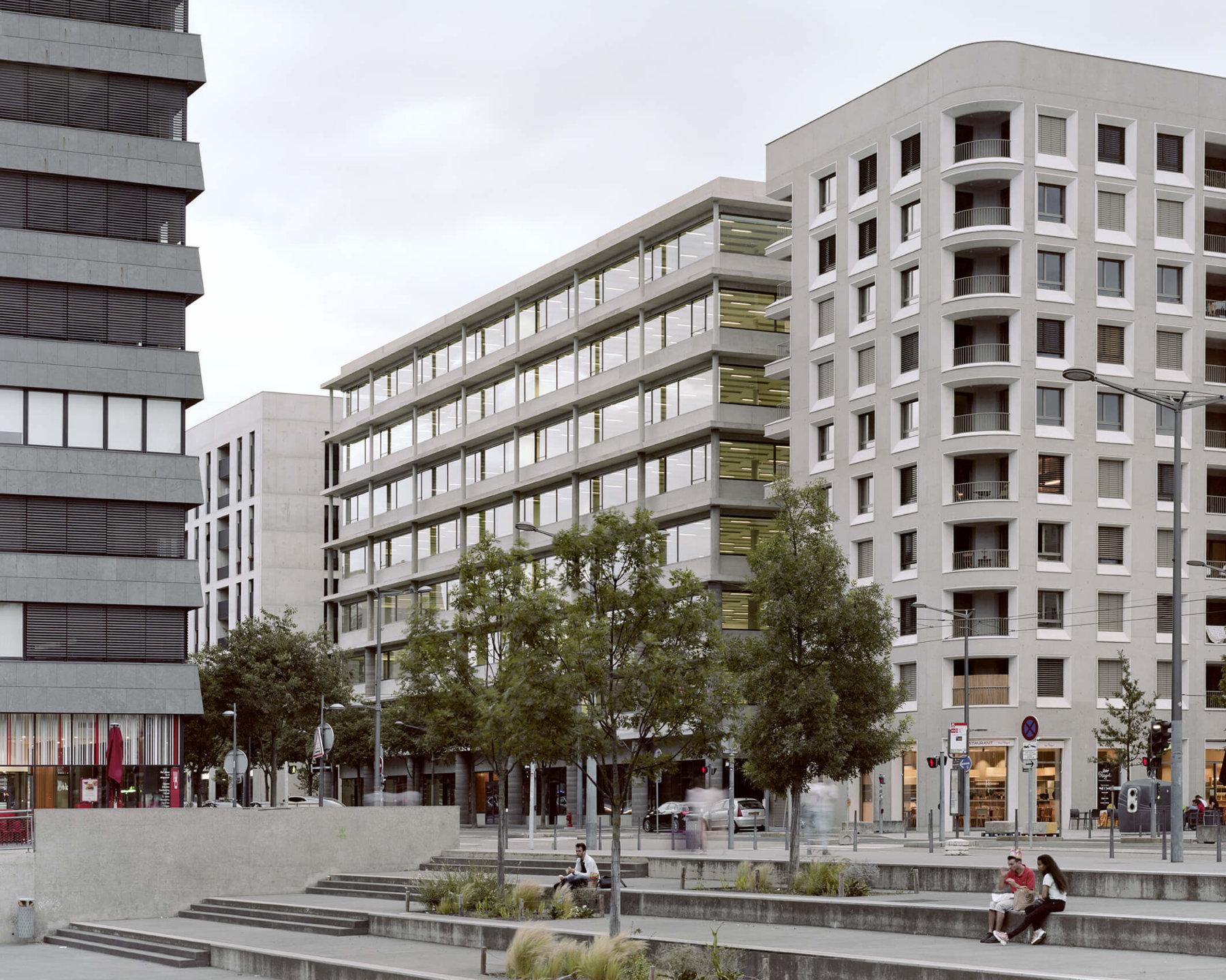 Bâtiment de bureau factory ilot a3 bâtiment 6 ynfluence square
